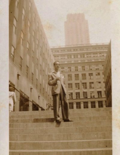 1946- Soriano in Rockefeller Center when he visited with artist friends to explore New York City