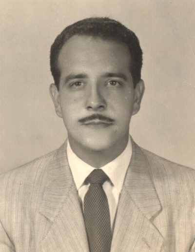 1952 - Photo he gave to Milagros, July 23, 1952, 12 days prior to their wedding